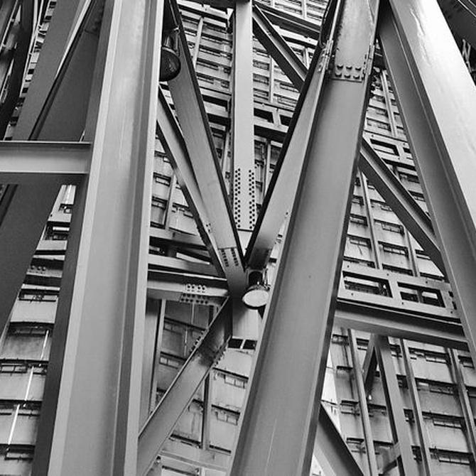 Diferencias entre el hierro y el acero en la construcción