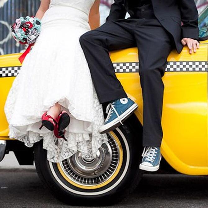 Cómo decorar el autobús de la boda y el coche de novios