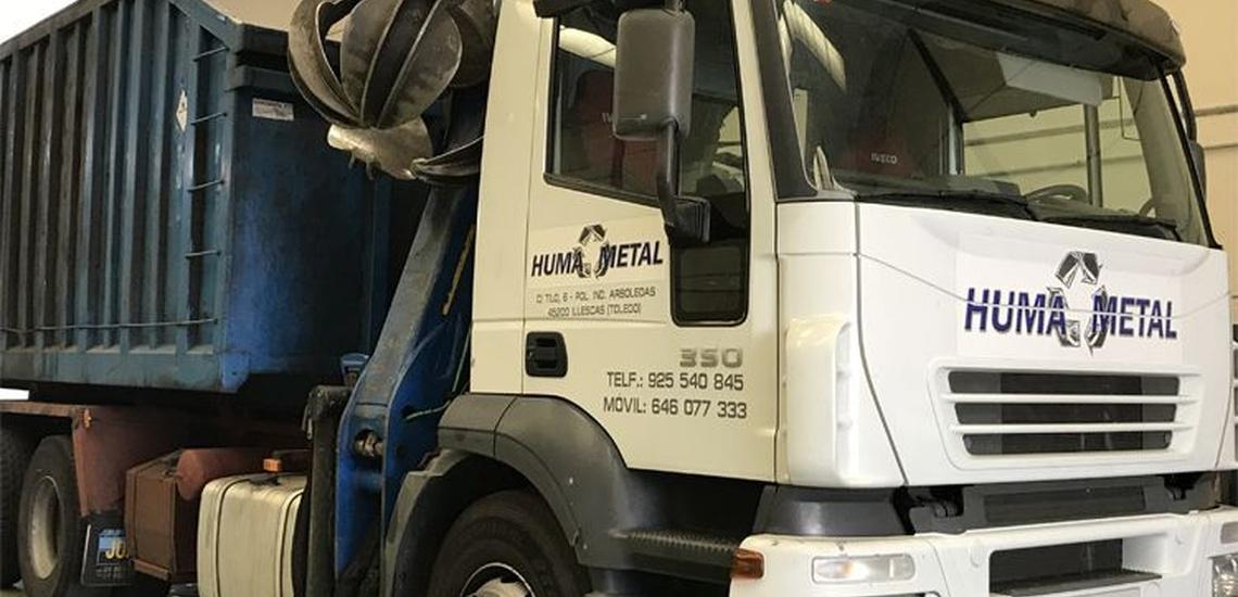 Camiones para la recogida de chatarra en Yuncos