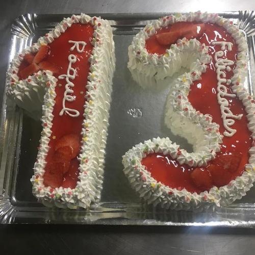 Tartas de números personalizadas para cumpleaños