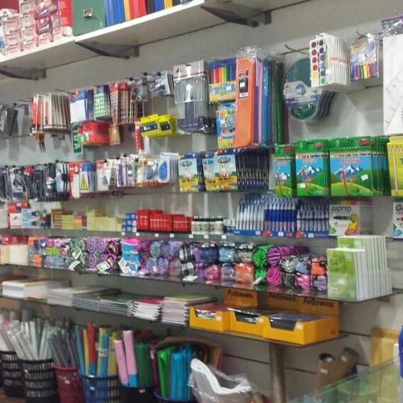 Otro material: Productos y Servicios de Francis Suministros de Oficina y Papelería