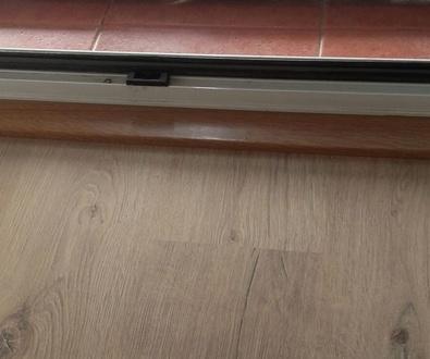 Pavimento Laminado Disfloor-Top modelo Roble Rustico 1 Lama-32835