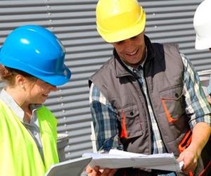 Profesionales en mantenimiento eléctrico