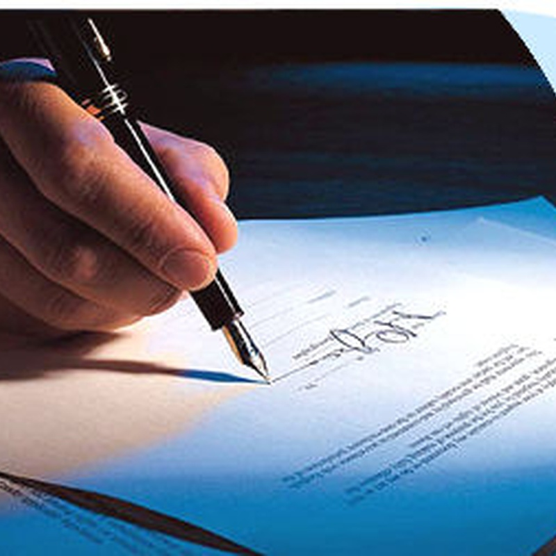Contratos/Contracts