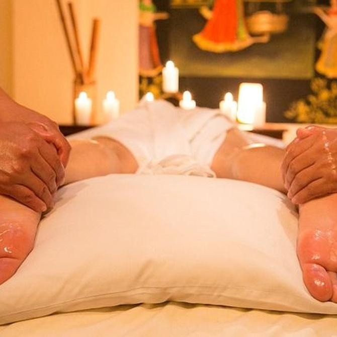 Descubre los beneficios del masaje de cuatro manos