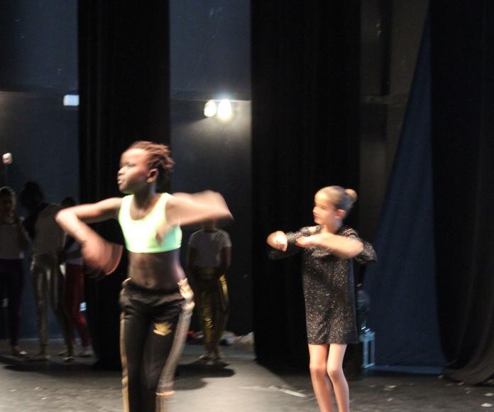 BAILE MODERNO: Catálogo de Actividades  de Estudio de Ballet Ana Mª Aurrecoechea
