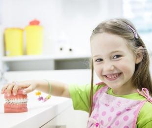 Convenio de colaboración con el Colegio de Odontólogos y Estomatólogos de Madrid