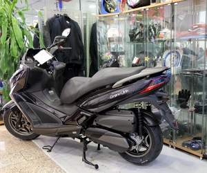 Equipación y ropa especial para montar en moto