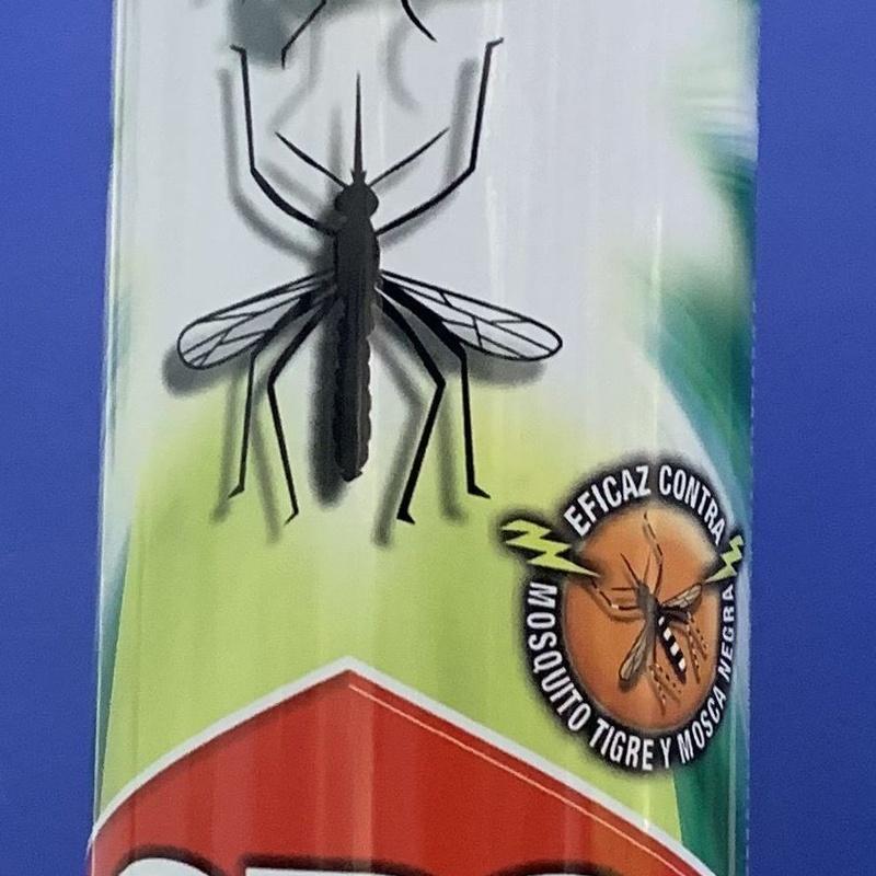 Insecticida mosquitos y moscas aroma limon: SERVICIOS  Y PRODUCTOS de Neteges Louzado, S.L.