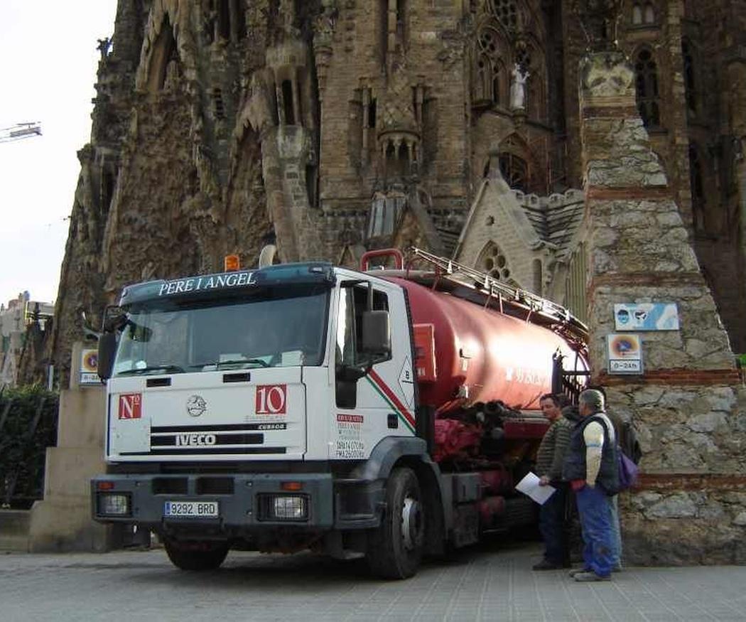 Qué son y cómo funcionan los camiones cuba para desatascos