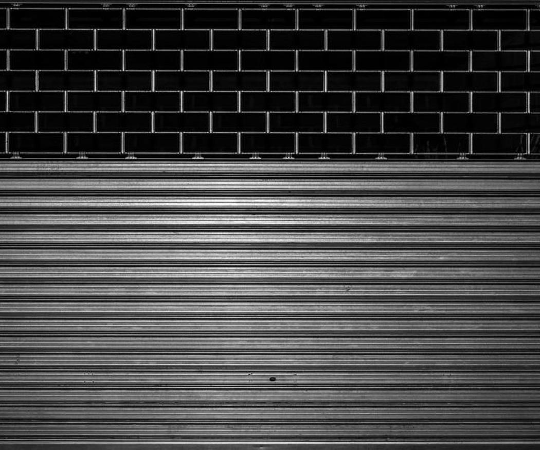 Puertas metálicas para tu negocio