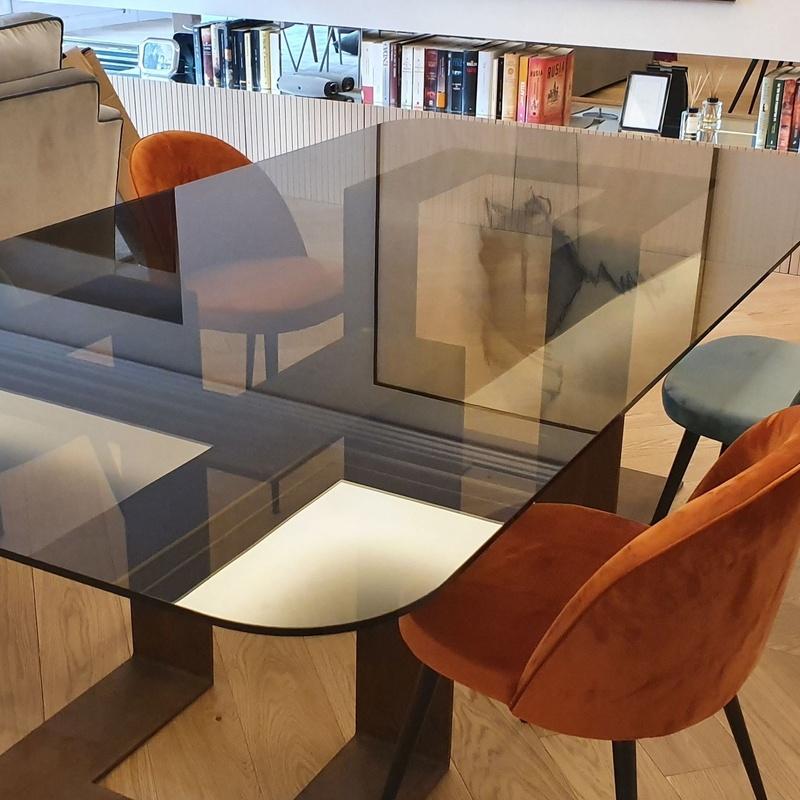 Mesa de vidrio parsol bronce 10 mm templado. Cristaleria Formas