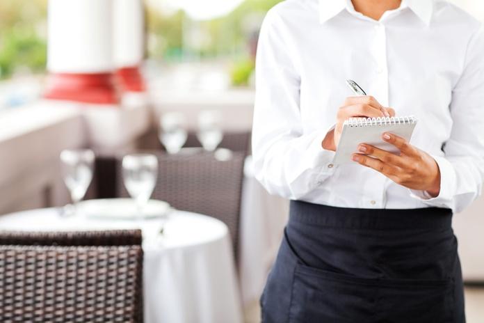 Servicio excelente: Servicios y especialidades de Restaurante Marisquería Al Espeto