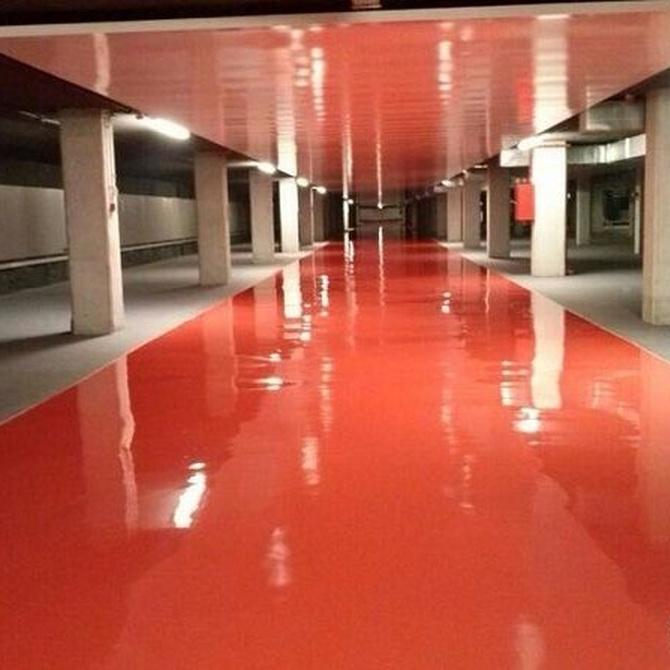 ¿Cuáles son las ventajas de los pavimentos de resina epoxi?