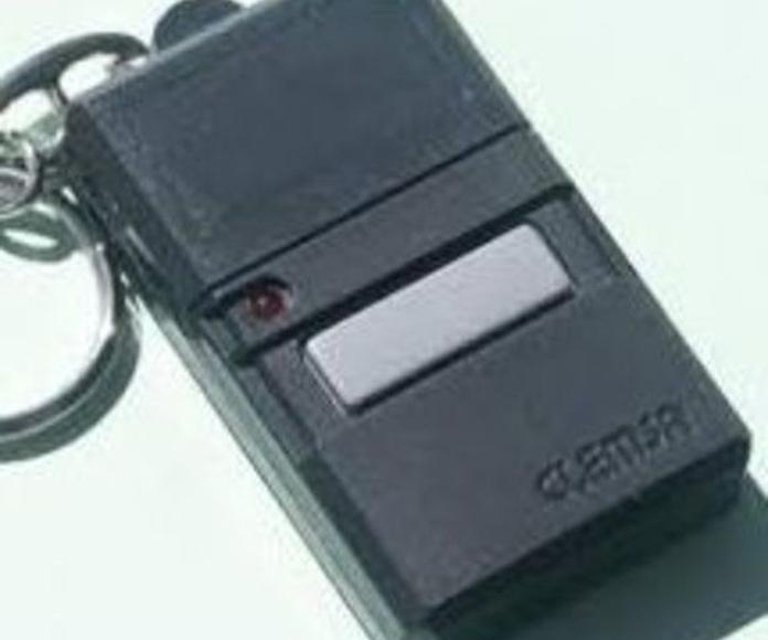 Mando de garaje modelo E20 de 1 o 2 pulsadores: Productos de Zapatería Ideal Alcobendas