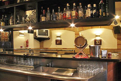 Bar Bodegas Leyre - Barra