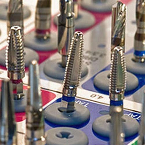 Tratamiento de implantología