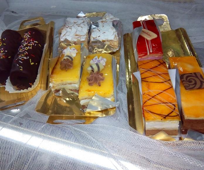 Reposteria individual y minireposteria : Productos y servicios  de EMMY Pastelería - Cafetería - Panaderia