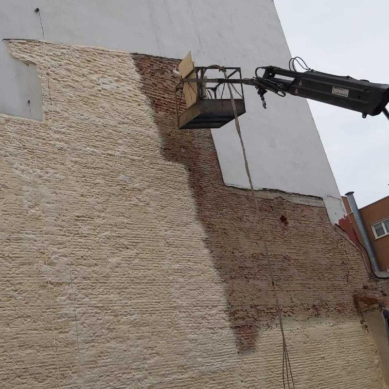 Protección de fachadas medianeras: Productos de POLIURMADRID  s.l.