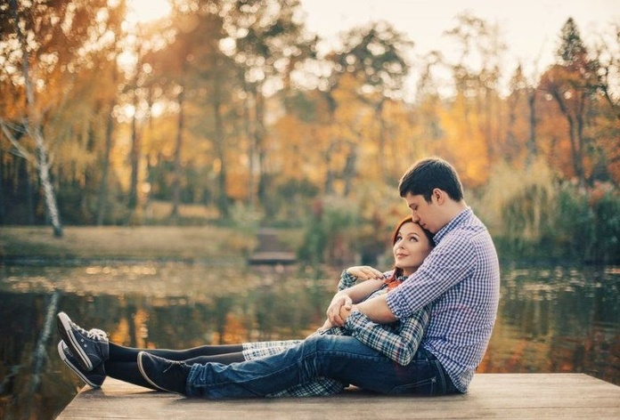 Las mujeres son más felices si su pareja es menos atractiva