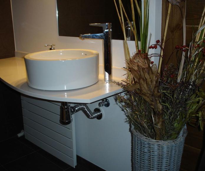 Baños: Servicios de Munt Pirenaica