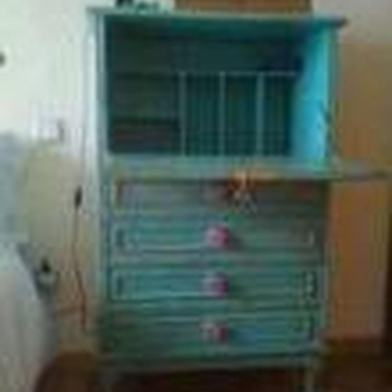 Este es el mueble anterior, después de lacarlo