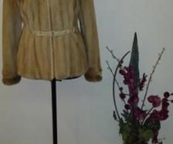 Reparación y conservación de las pieles: Prendas de piel de Peletería Marqués
