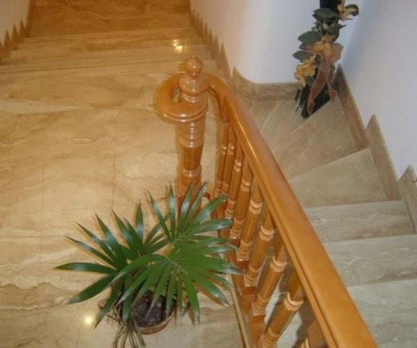 Detalle del arranque de la escalera de caracol