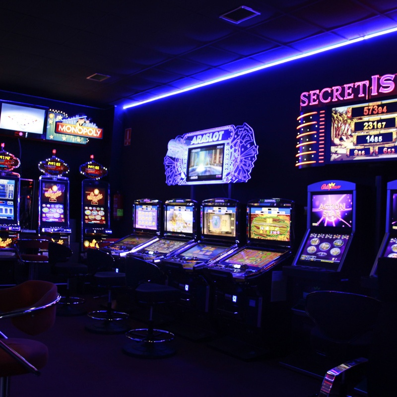 Nuestros salones: Salones de juego de Serrano Gaming