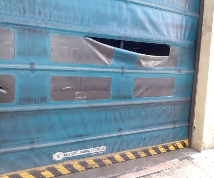 Reparación de Lona de Pvc de puerta rápida: Puertas automáticas  de Farem Puertas Automáticas