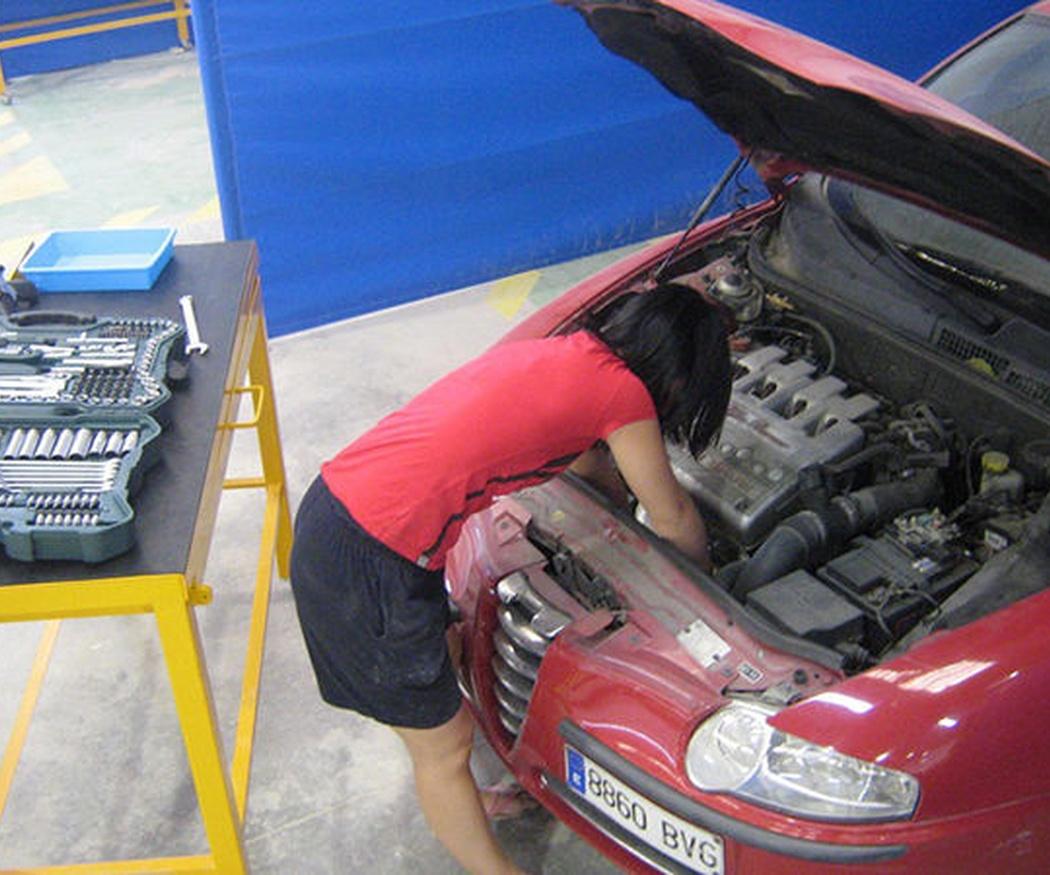 ¿Qué problemas podría causarnos no cambiar el aceite del motor?
