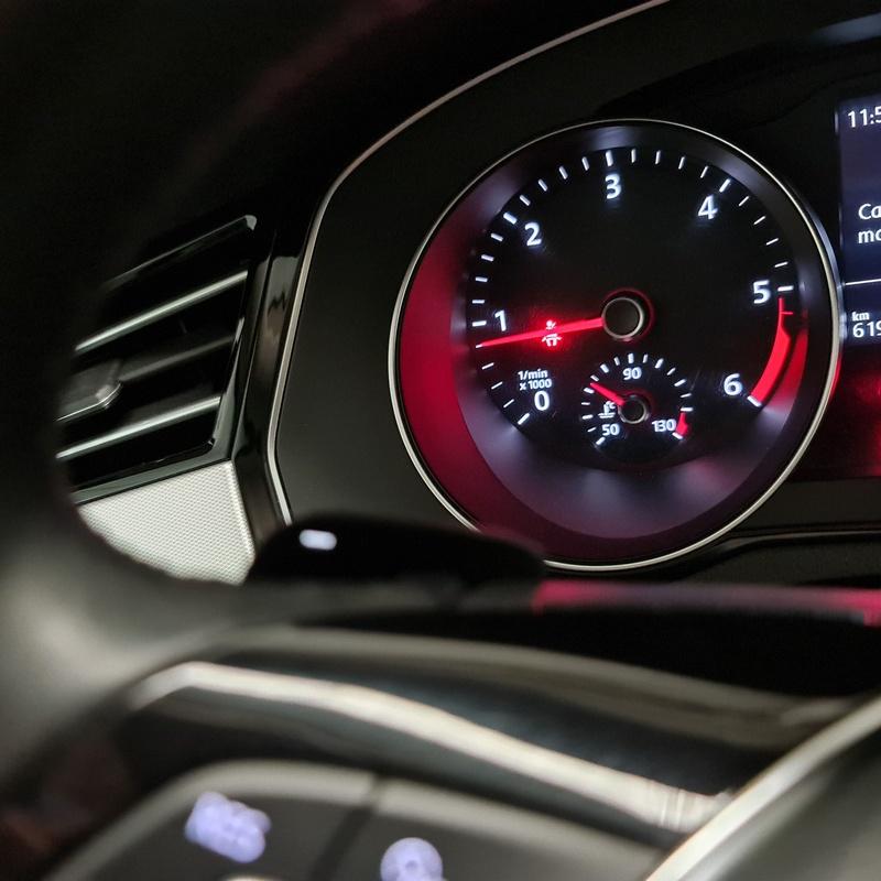 VOLKSWAGEN Passat Advance 2.0TDI 110KW 150CV: Servicios de Autos Aqraba