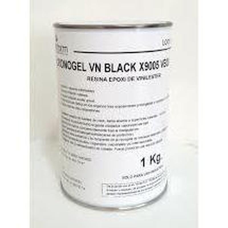 Gelcoat Vinilester negro de PLASTIFORM en almacén de pinturas en ciudad lineal.