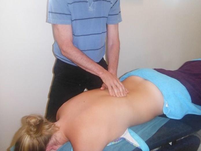 Masaje antiestreñimiento: Tratamientos de Corporae Salud & Bienestar