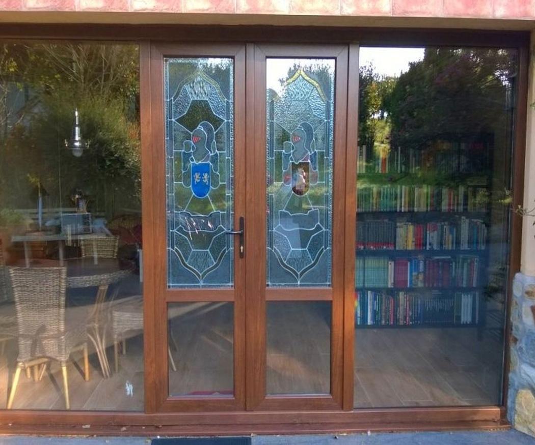 Ideas para emplear vidrieras en tu vivienda
