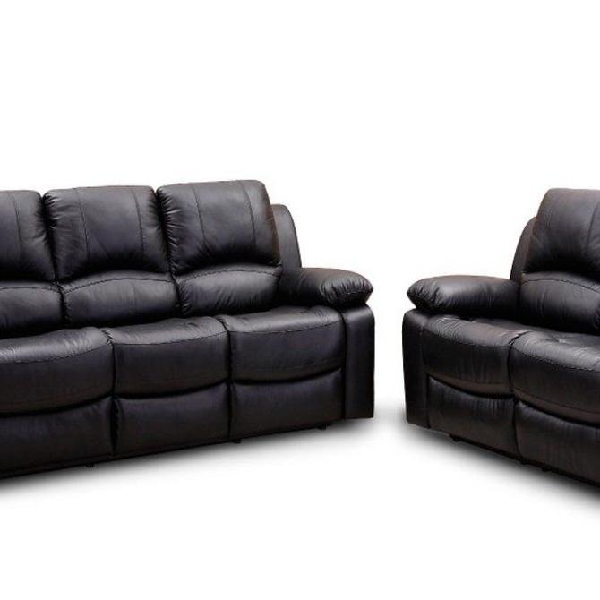 Cómo combinar un sofá oscuro