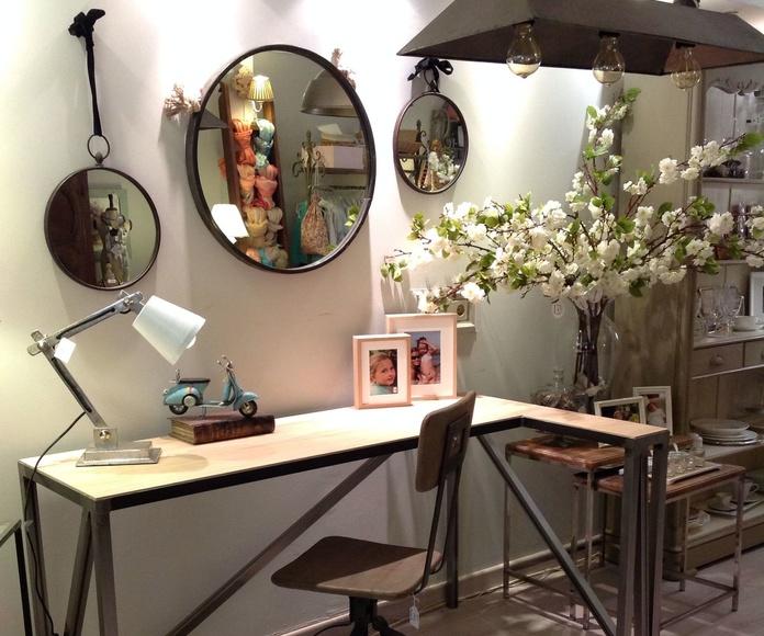 Mesa escritorio realizada a medida en hierro y roble por Ste Odile