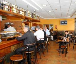 Cafetería - Restaurante
