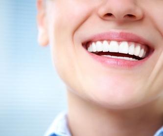 Tu primera visita: Especialidades de Clínica Dental Virgen de la Victoria. Dr. Leopoldo Hernández