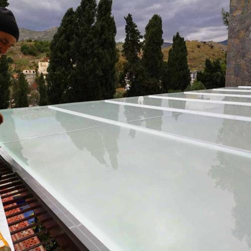 Cortinas de cristal en Málaga | Cristalería Juanco