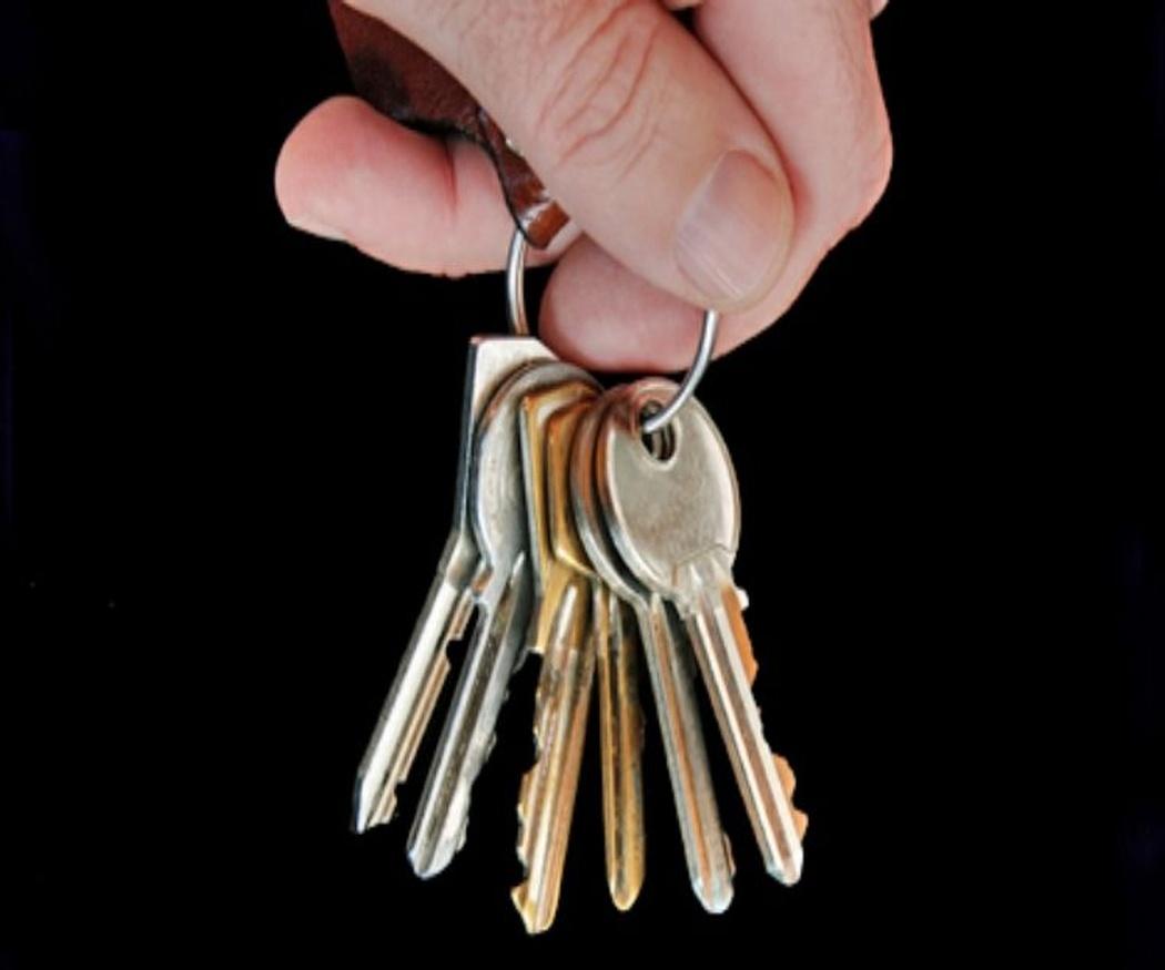 Consejos para no dejarse las llaves en casa o perderlas
