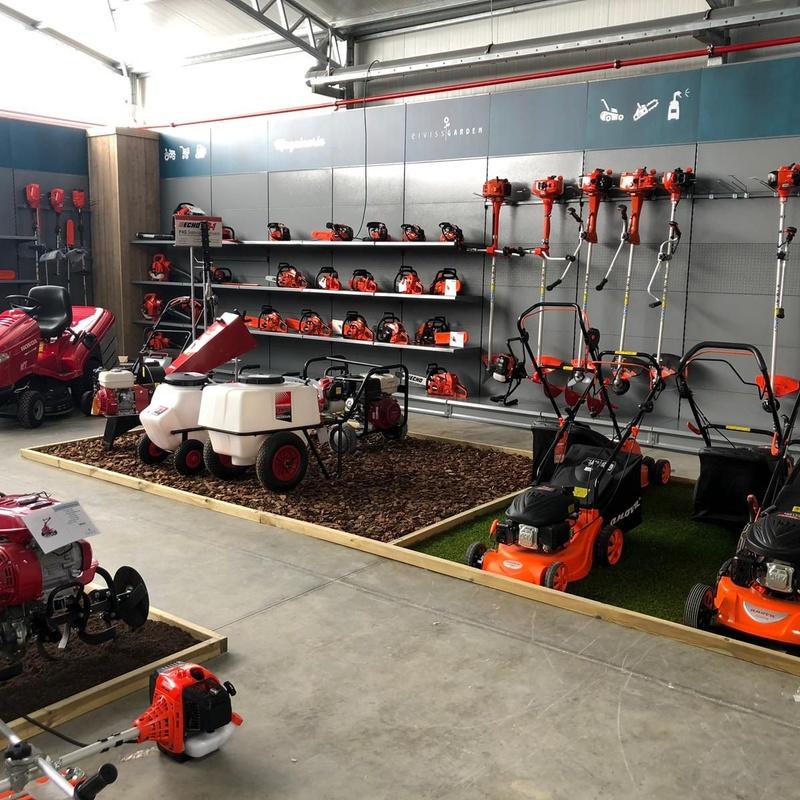 Taller de maquinaria: Productos y servicios de Eiviss Garden