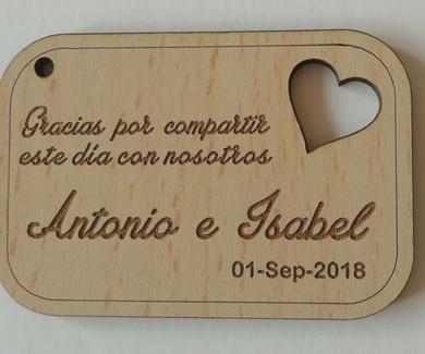 Corte y grabado en madera