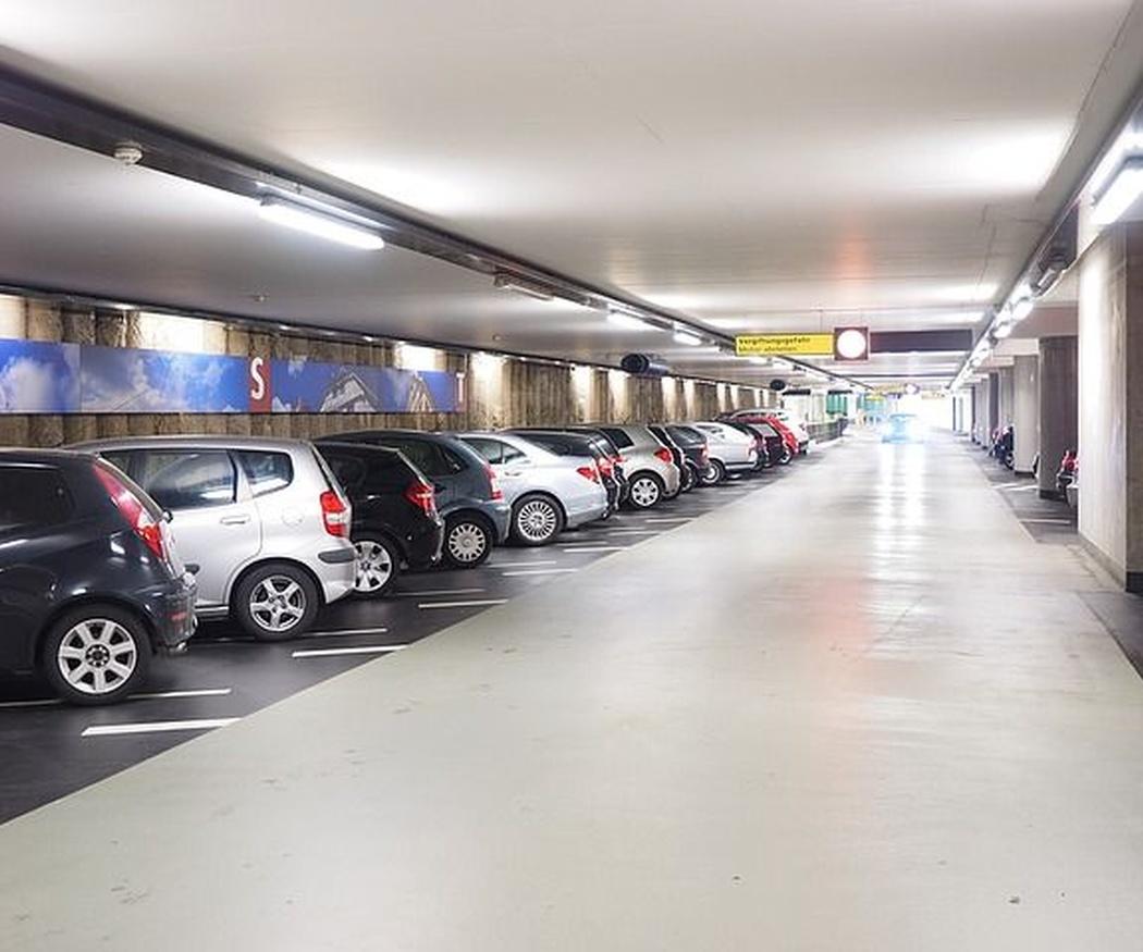 Coches que aparcan solos: ventajas