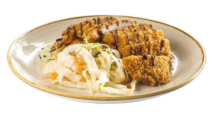 Lomo de cerdo en panko con salsa tonkatsu y col  5,80€: Carta de Restaurante Sowu