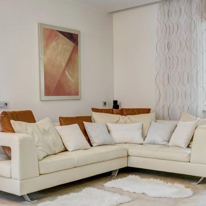 El mantenimiento de los sofás de piel