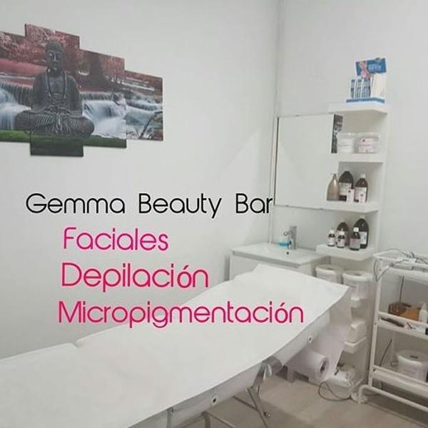 Tratamientos faciales: Servicios de Gemma Beauty Bar