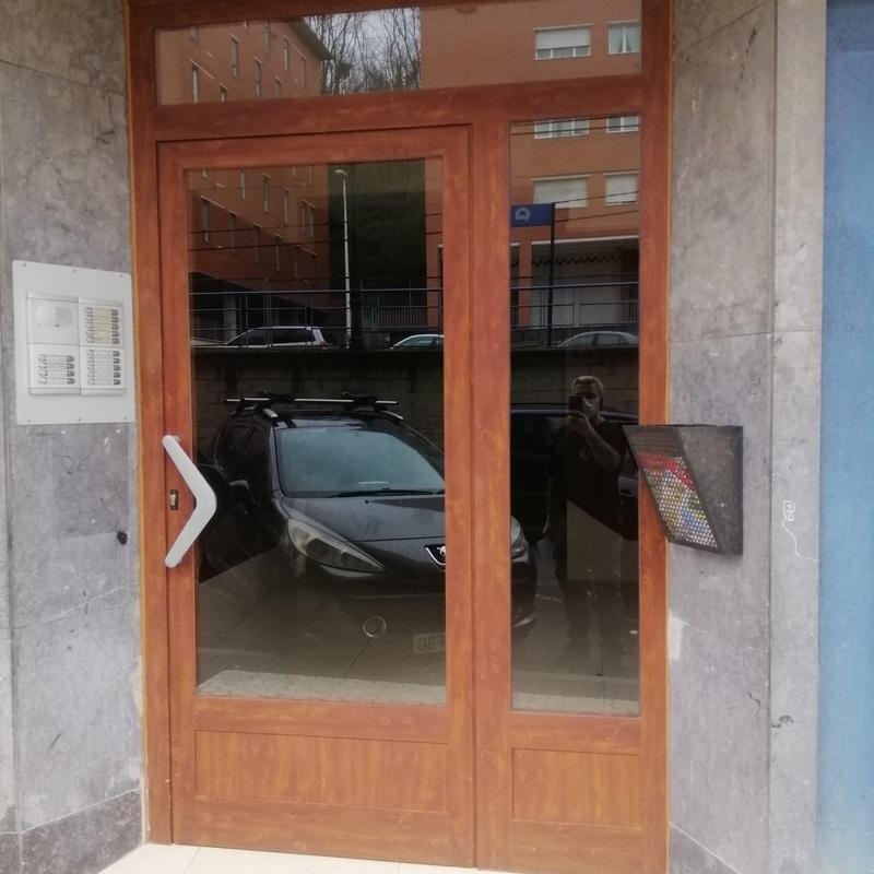 Marcos de portales: Servicios de Puertas Y Armarios Zarautz