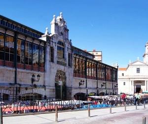 En pleno corazón de Santander se encuentra el  centenario MERCADO DE LA ESPERANZA.Encuentranos en su interior,somos el complemento perfecto para el resto de puestos que se encuentran en él: frutas,verduras,carnes,pescados,delicatessen....