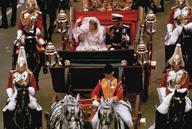 Carlos de Inglaterra y Lady Di. La boda del Siglo